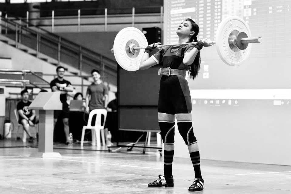 Young Rabia Shehzad wins Gold shield in Weightlifting Championship