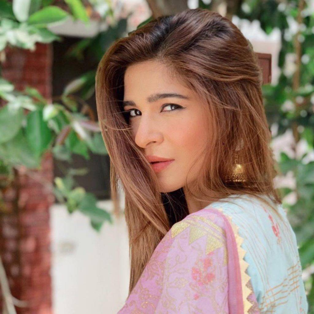 Geo Network is not paying on time – says Ayesha Omar
