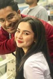 Hania Aamir Responds to Fans Asking About her Marriage Plans with Asim Azhar