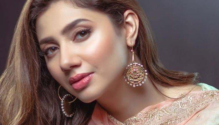 The 5 girls of Pakistani showbiz who are getting younger day by day