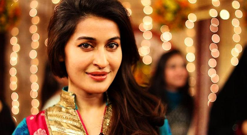 7 Lollywood actresses that had their pictures leaked