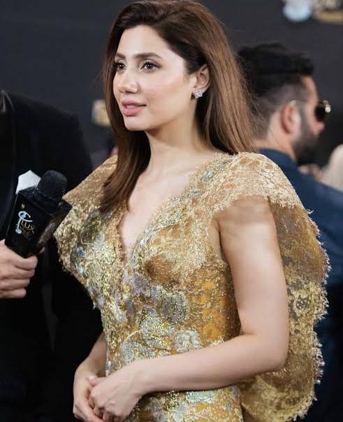 Mahira Khan hottest