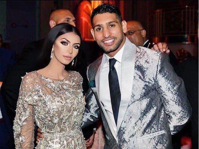 The gorgeous duo, Amir Khan and Faryal Makhdoom to mark debut in a TV show