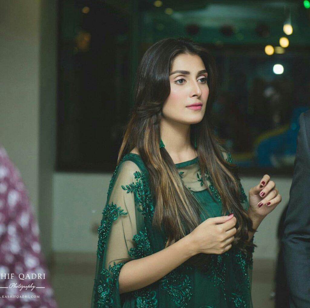 The secret we all should follow, Ayeza Khan reveals the deets!