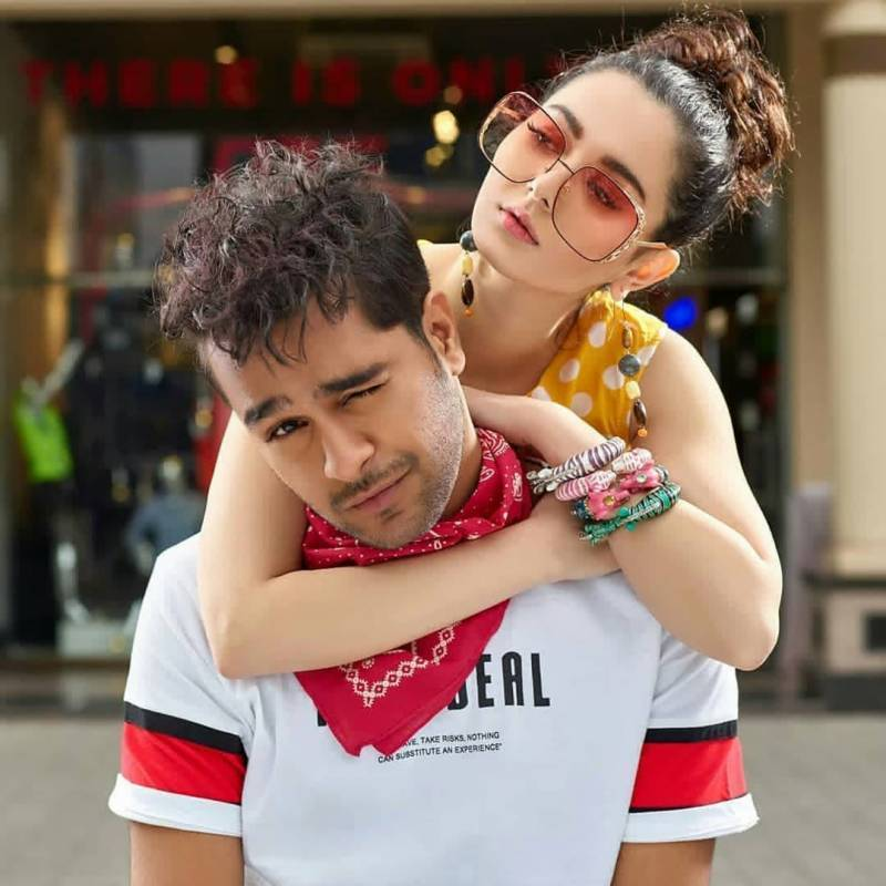 Hania Amir and Asim Azhar love affair, all we know and learn!
