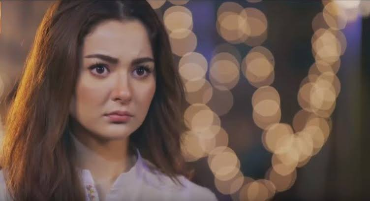 """Hania Aamir says, """"She can't take it anymore."""""""