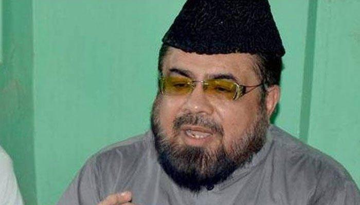 Hareem Shah slapping Mufti Abdul Qavi goes viral in 2021!