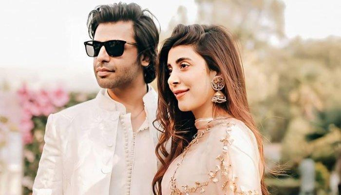 Urwa Hocane gets emotional seeing Farhan Saeed! Video