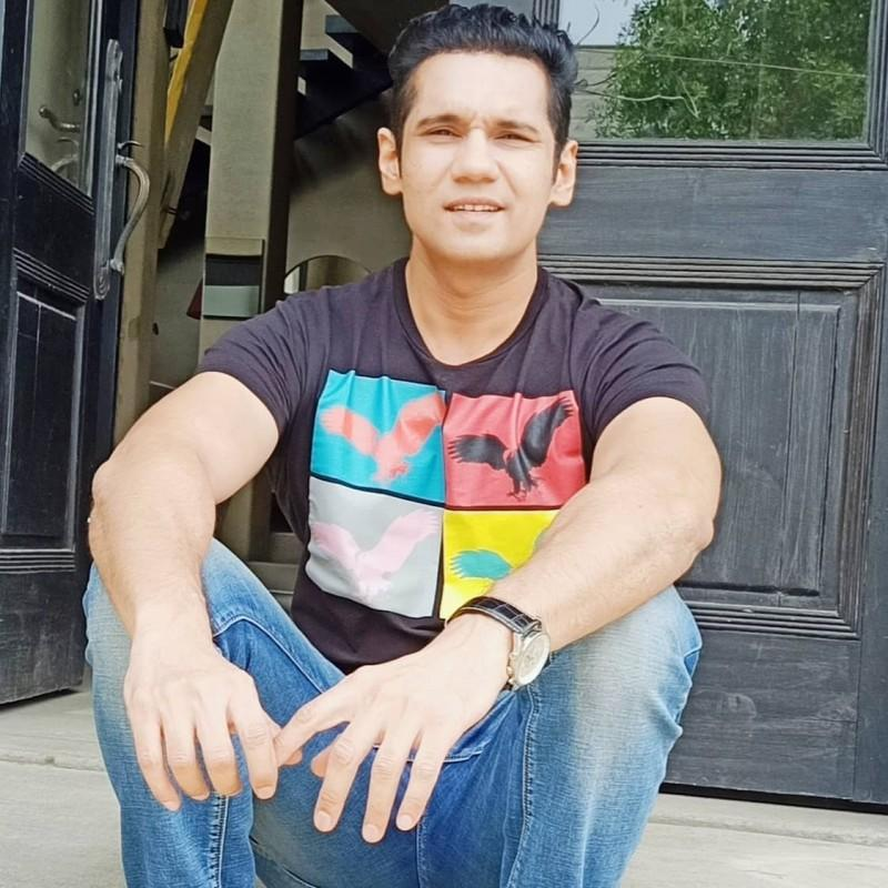 Faizan Ahmed Khan: Who is he? The new face of Drama industry?
